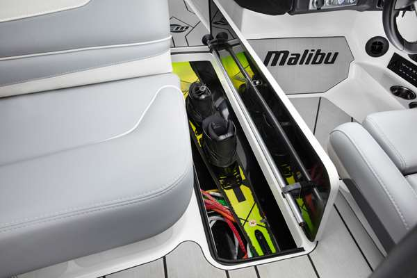 Malibu-TXi-Storage-Locker